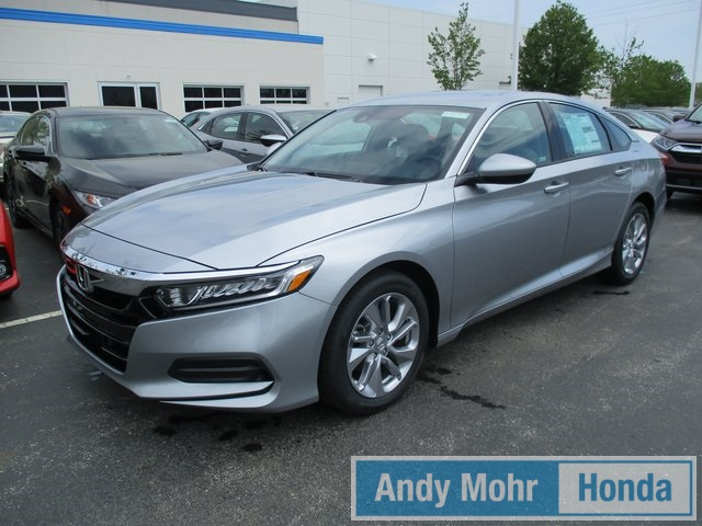 New 2018 Honda Accord LX FWD CVT 4D Sedan