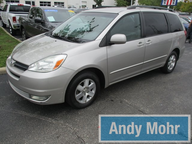 Beautiful Pre Owned 2004 Toyota Sienna XLE